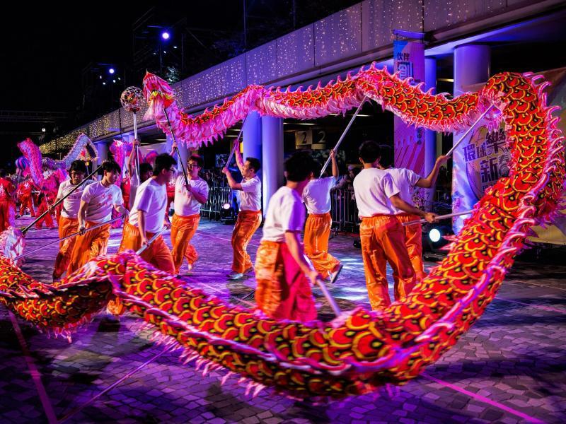 Bild zu Farbenfrohes Fest