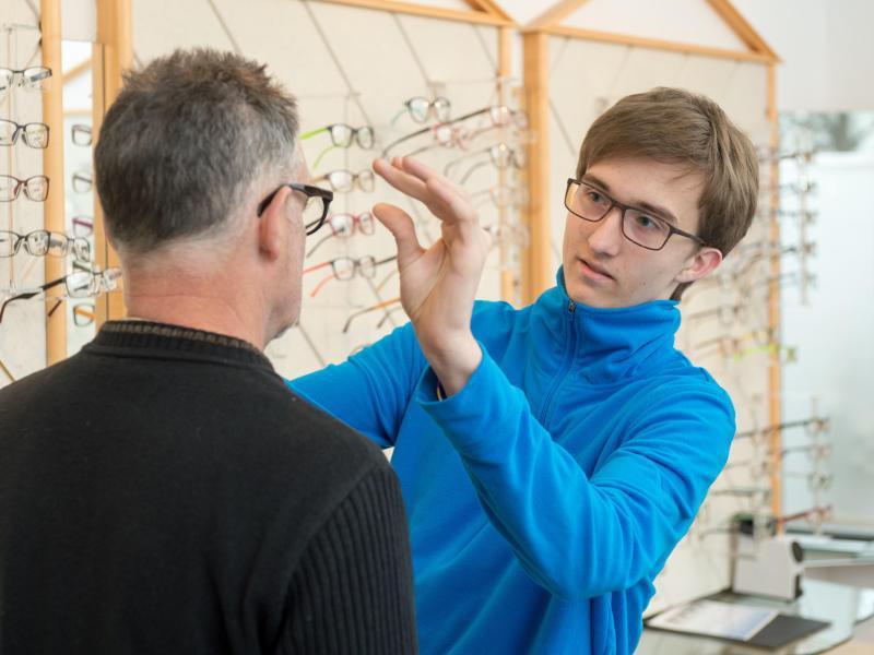 Bild zu Optiker ist nichts für Schüchterne