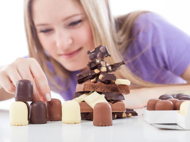 Bild zu gestapelte Schokolade