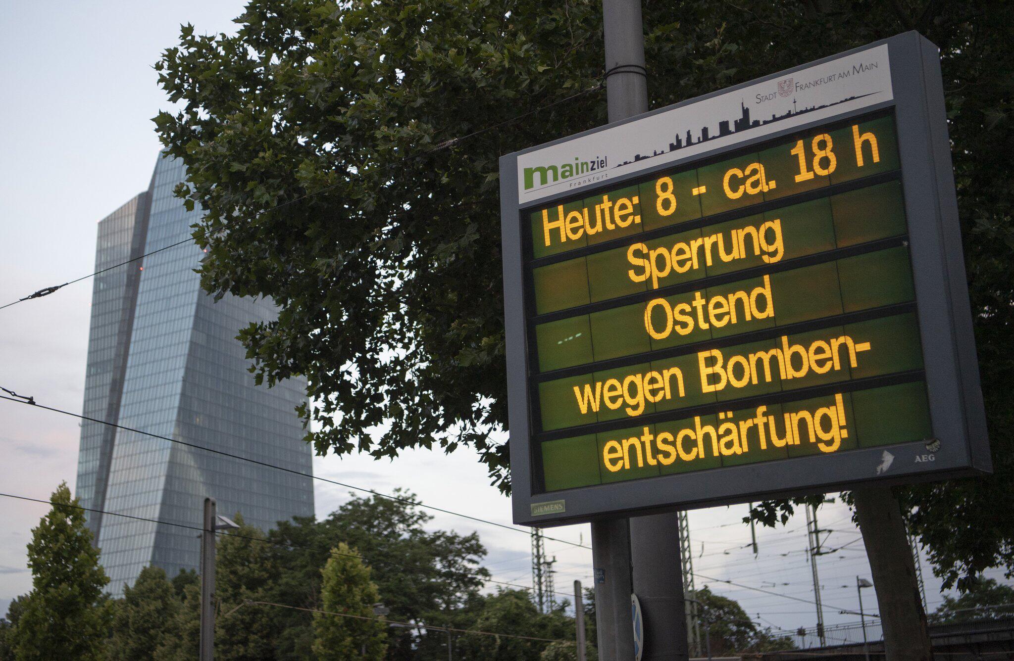 Bild zu Blindgänger-Entschärfung in Frankfurt