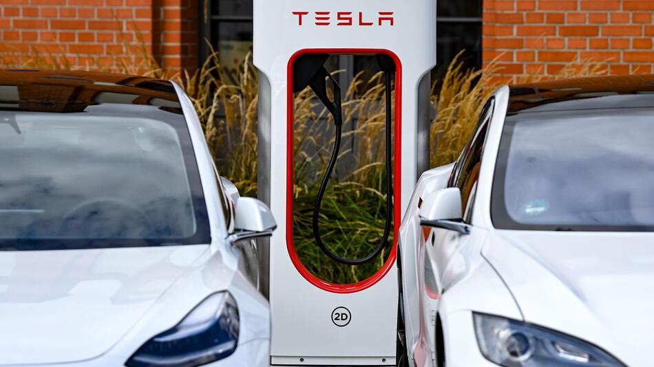«Supercharger»-Schnelladesäule von Tesla