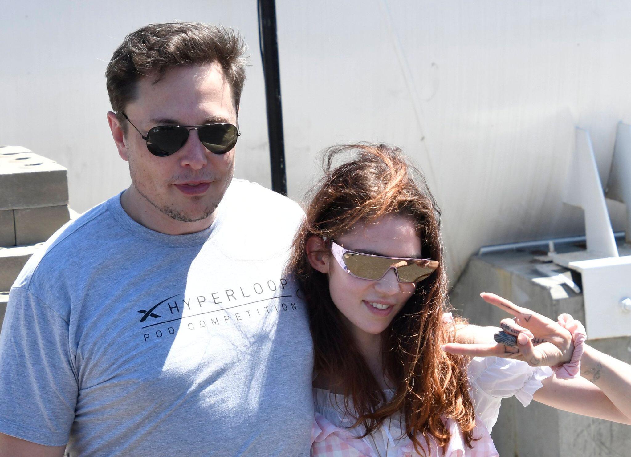 Bild zu Elon Musk freut sich über die Geburt eines Sohnes