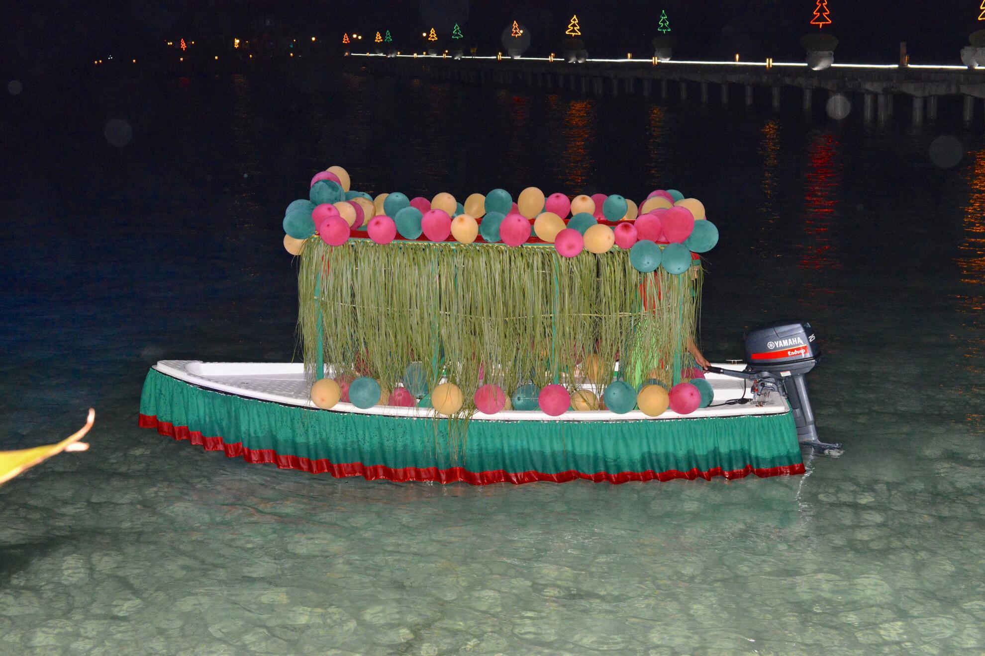 Bild zu Weihnachtsboot
