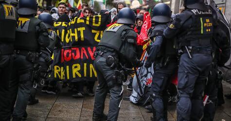 Demo gegen Angriffe der türkischen Armee auf Nordsyrien