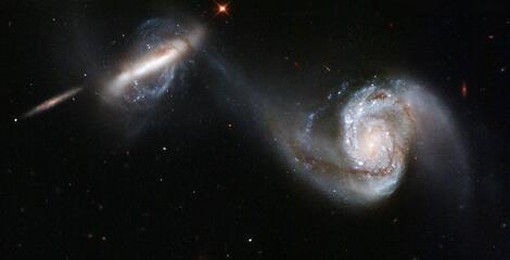 Bild zu Zwei Galaxien