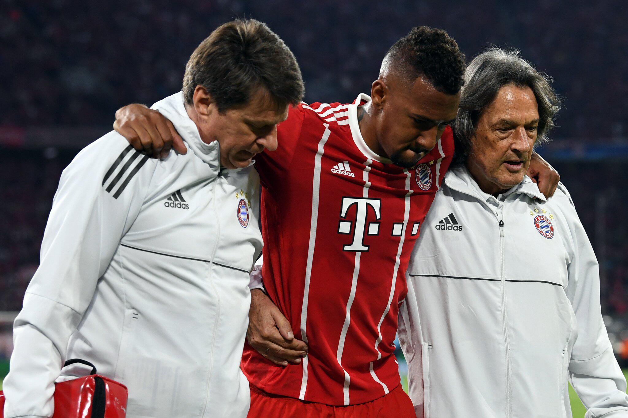 Bild zu Bayern München - Real Madrid, Champions League, Halbfinale, Jerome Boateng, Verletzung