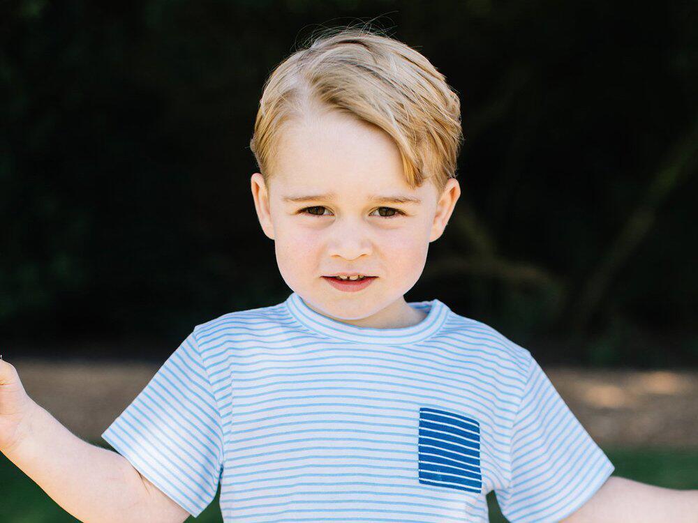 Bild zu Prinz George feiert seinen 3. Geburtstag