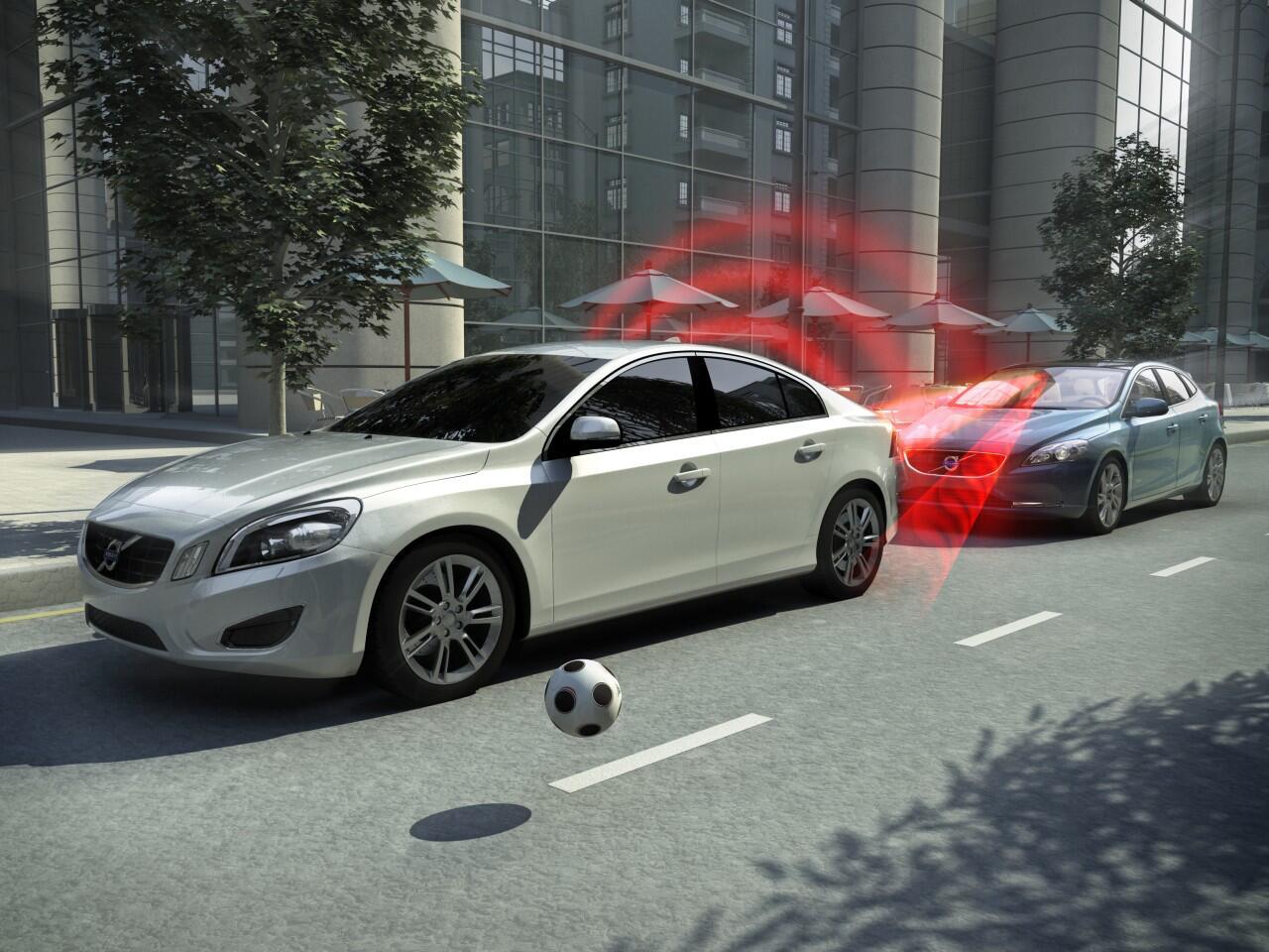 Bild zu Der vorgeschriebene Sicherheitsabstand soll Unfällen vorbeugen