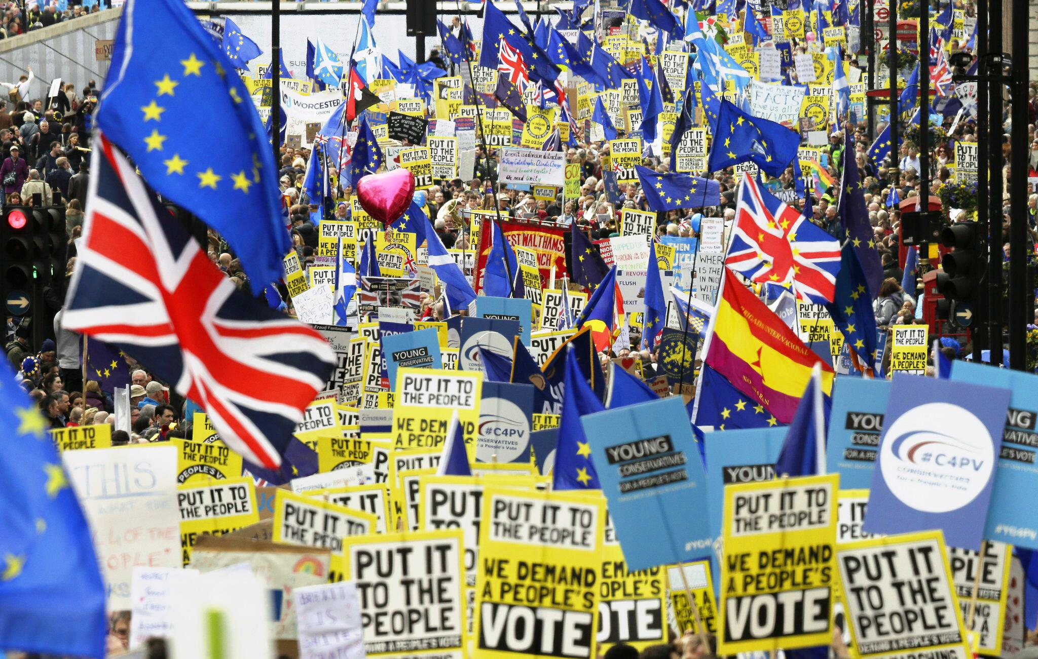"""Bild zu Brexit - """"People's Vote March"""""""