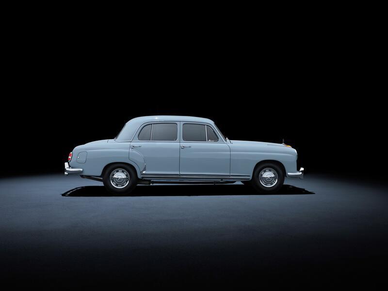 Bild zu Mercedes-Benz 220