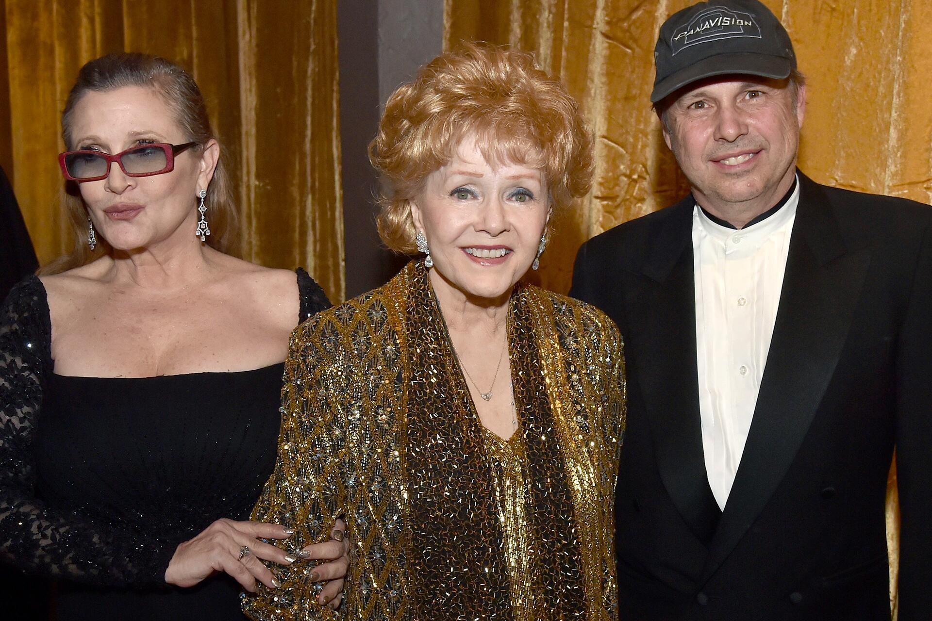 Bild zu Todd Fisher, Bruder, Trauer, Carrie Fisher, Debbie Reynolds