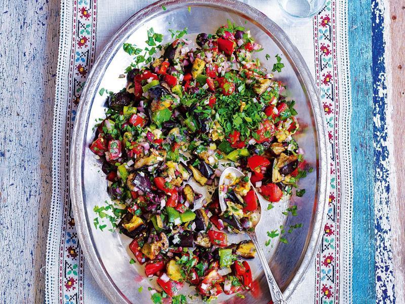 Bild zu Orientalischer Salat mit Auberginen