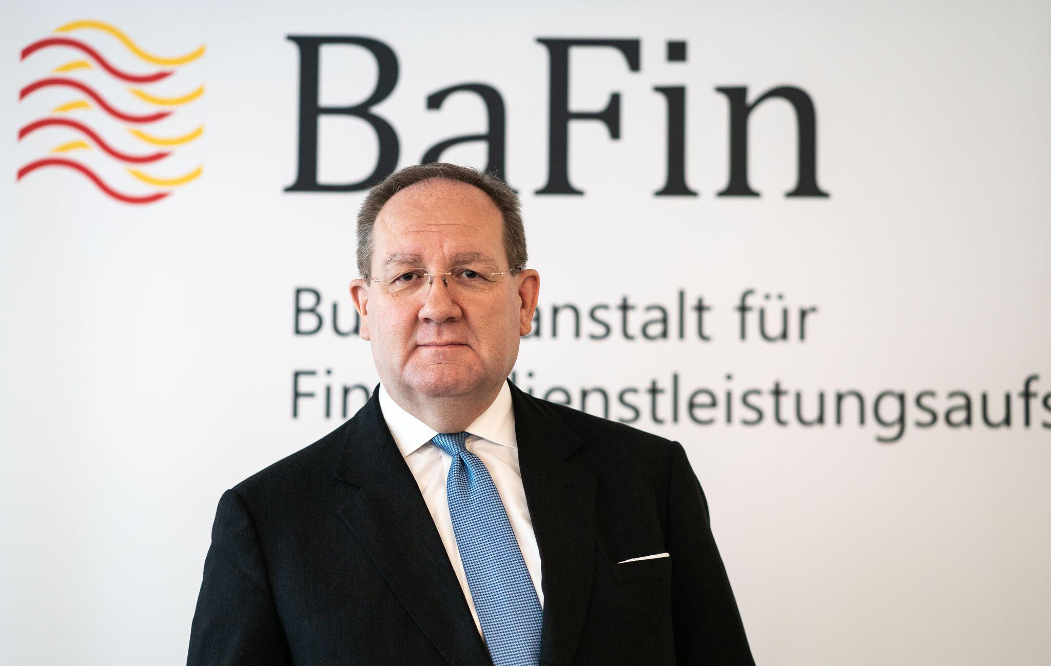 Bild zu Bafin-Chef Felix Hufeld