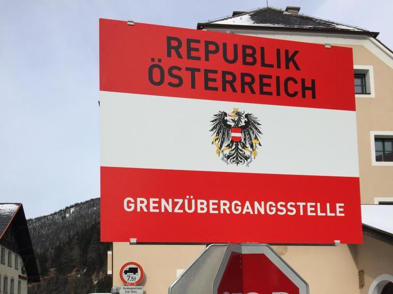 Bild zu Italienisch-österreichische Grenze am Brenner
