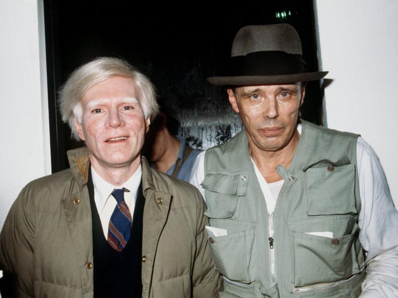 bild zu joseph beuys und andy warhol - Andy Warhol Lebenslauf
