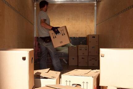 privat oder beruflich umzugskosten steuerlich absetzen. Black Bedroom Furniture Sets. Home Design Ideas