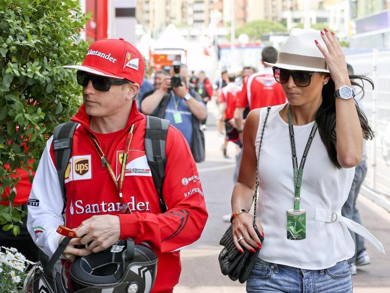 Bild zu Kimi Räikkönen + Minttu Virtanen