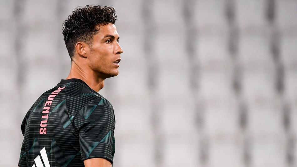 Fußball-Superstar Cristiano Ronaldo positiv auf Coronavirus