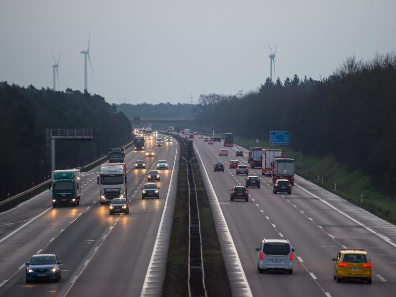 Bild zu Autobahn A7 bei Hannover