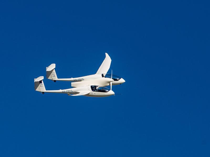 Sauber und leise: Weltpremiere für Brennstoffzellenflugzeug