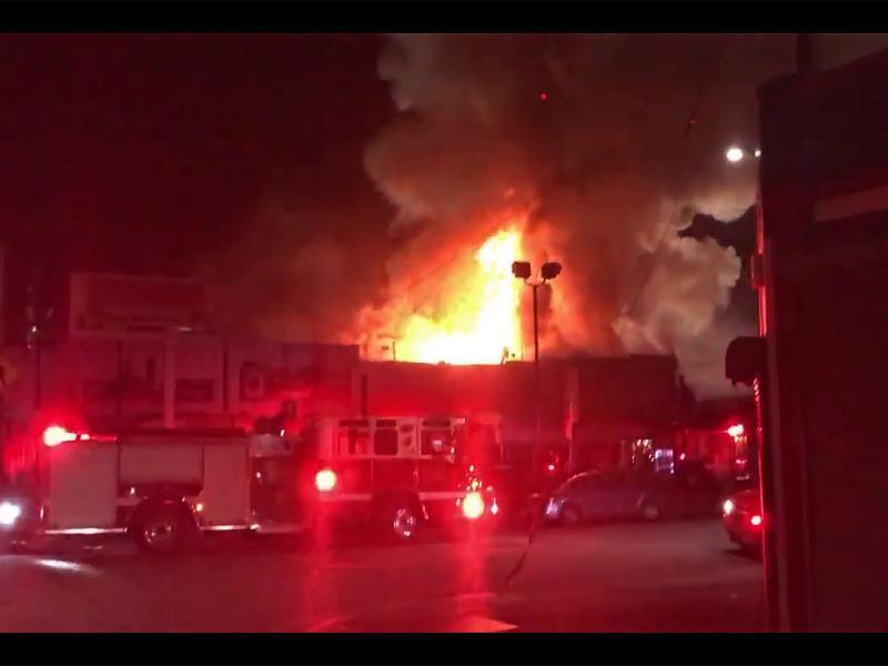 Bild zu Brand in Oakland