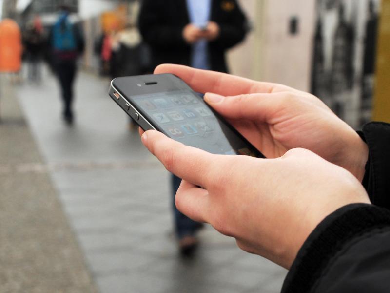 Bild zu Surfen mit dem Smartphone