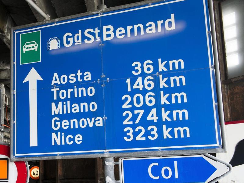 Bild zu Großer St. Bernhard Tunnel