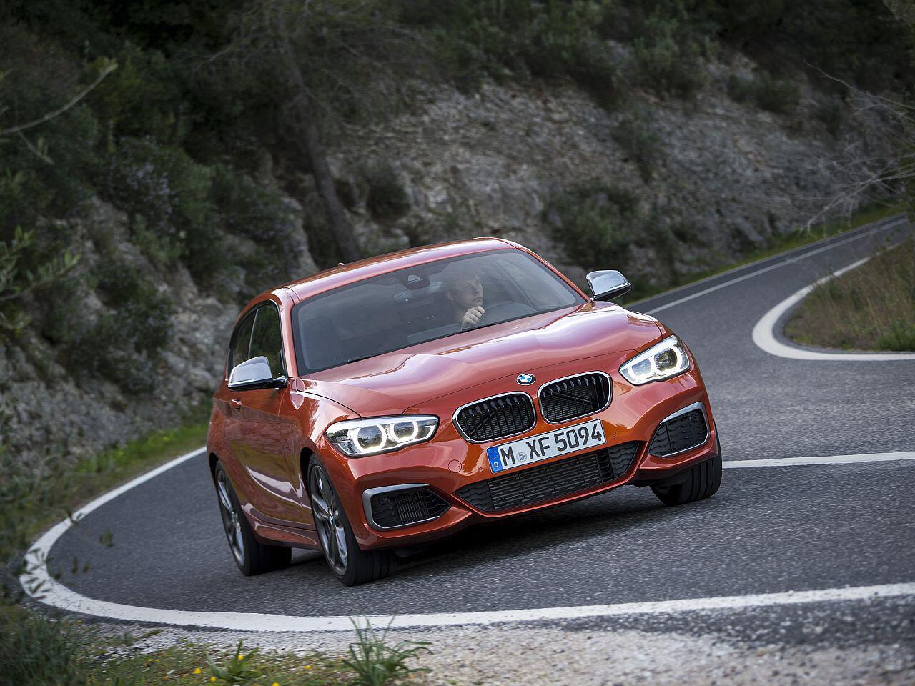 Bild zu BMW M135i