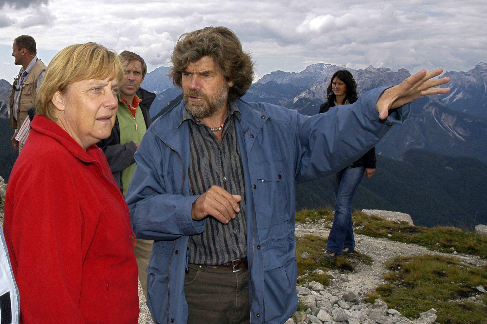 Bild zu Angela Merkel mit Reinhold Messner in Südtirol