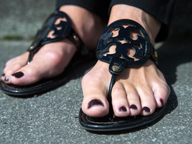 Bild zu Sandalen