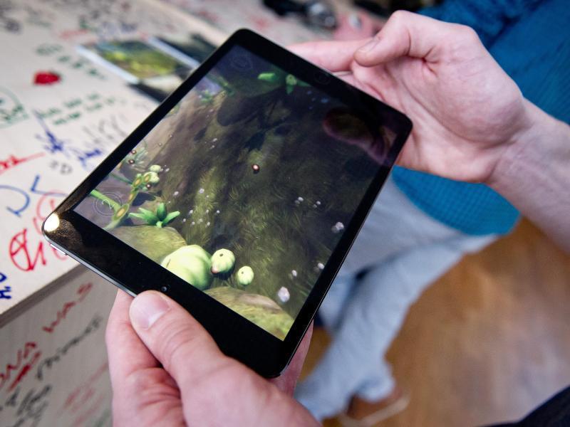 Bild zu Videospiel auf dem Tablet