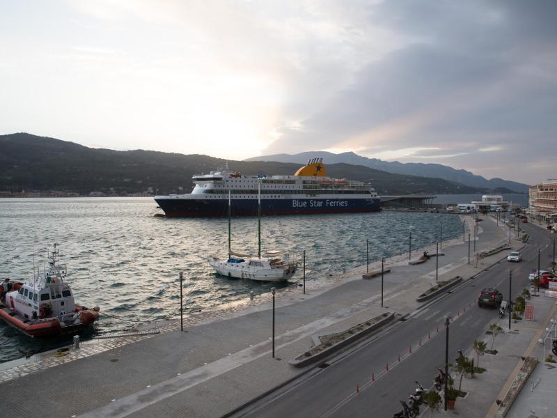 Bild zu Hafen von Samos