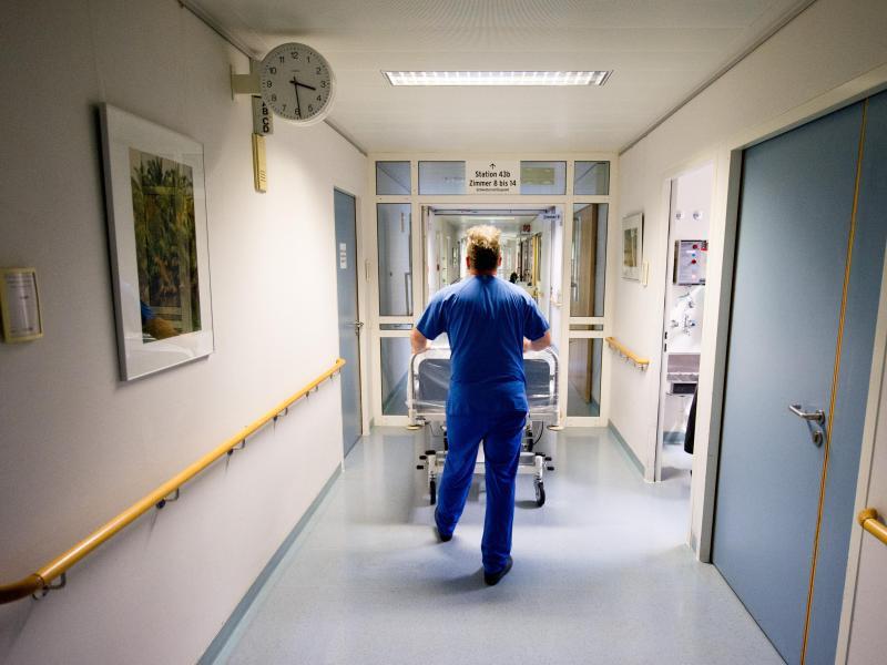 Bild zu Nachtdienst im Krankenhaus