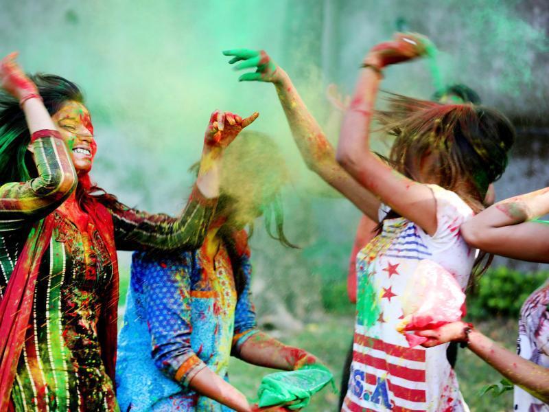 Bild zu Holi-Fest in Indien
