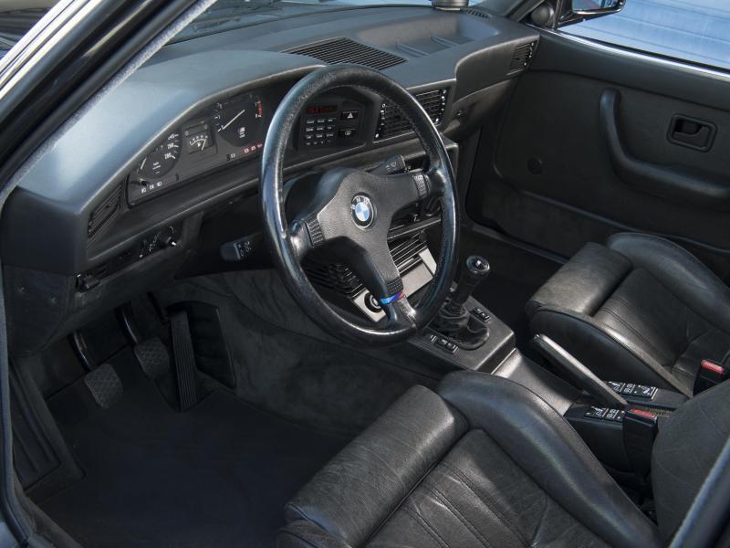 Bild zu Innraum des BMW M5