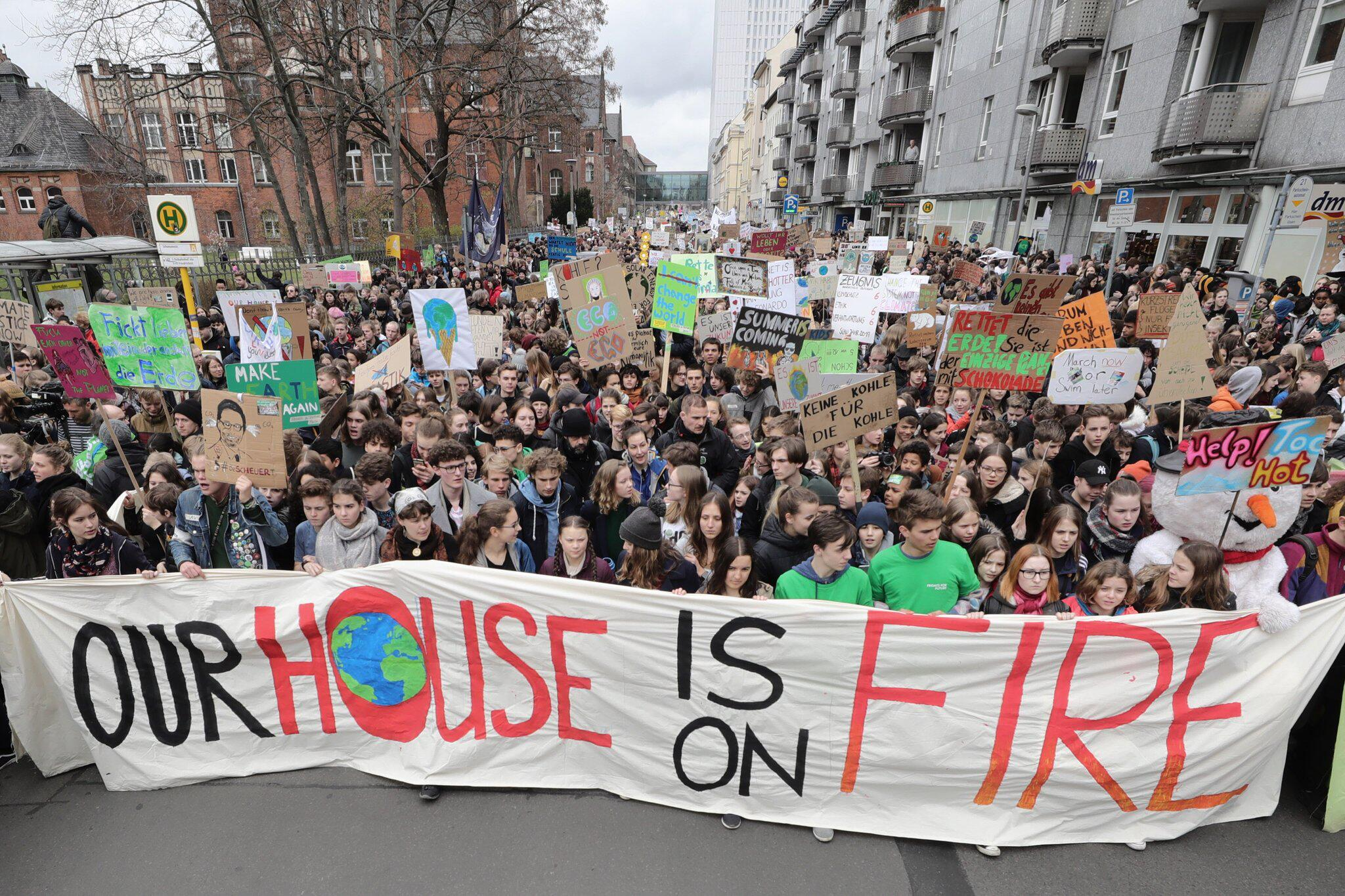 """Bild zu Klima-Demonstration """"Fridays for Future"""""""