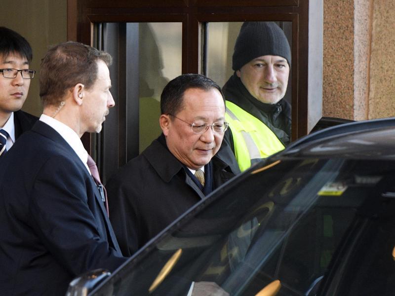 Bild zu Nordkoreanischer Außenminister in Schweden