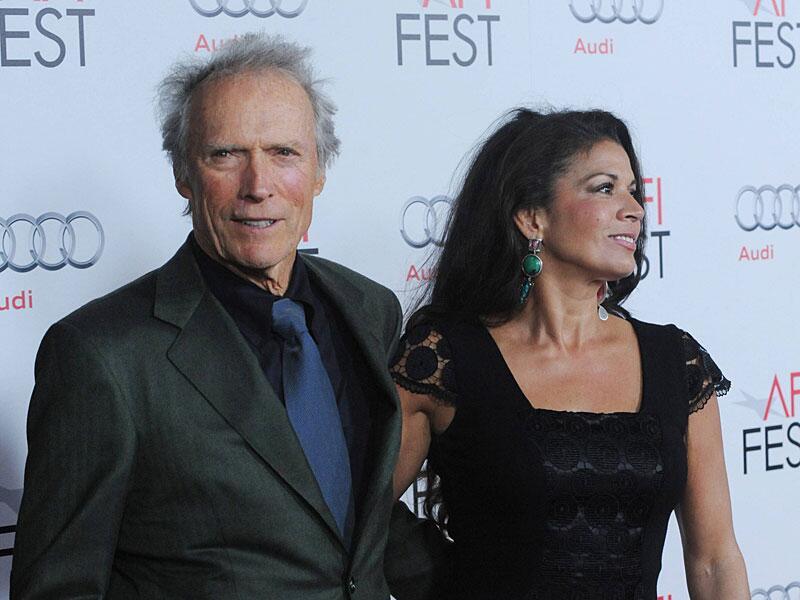 Bild zu Clint Eastwood und seine Noch-Frau Dina.
