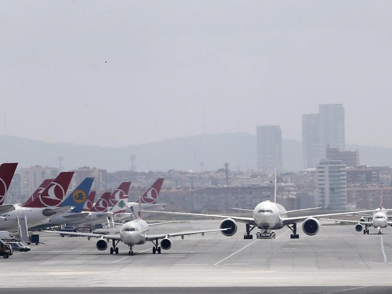 Bild zu Ataturk Flughafen in Istanbul