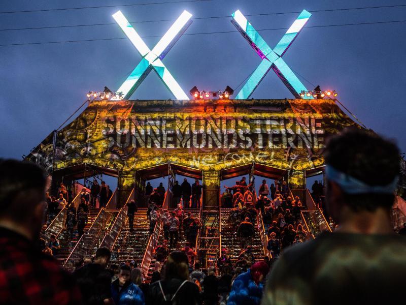 "Bild zu Elektro-Festival ""SonneMondSterne"""