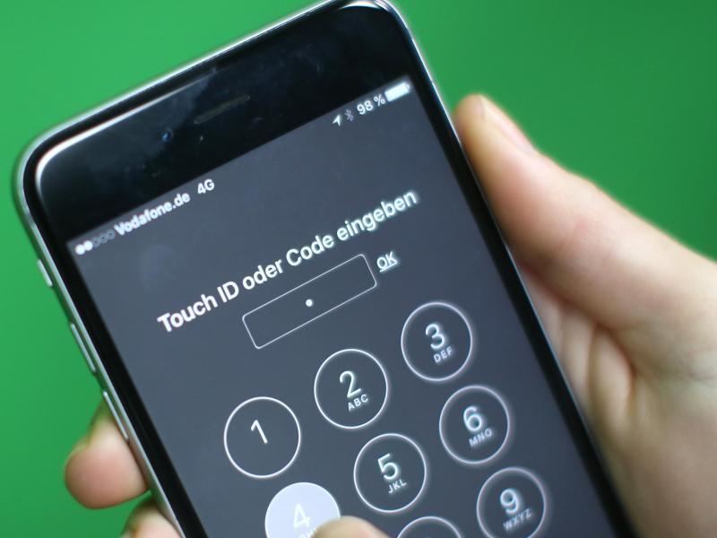 Bild zu Entsperrung eines iPhone