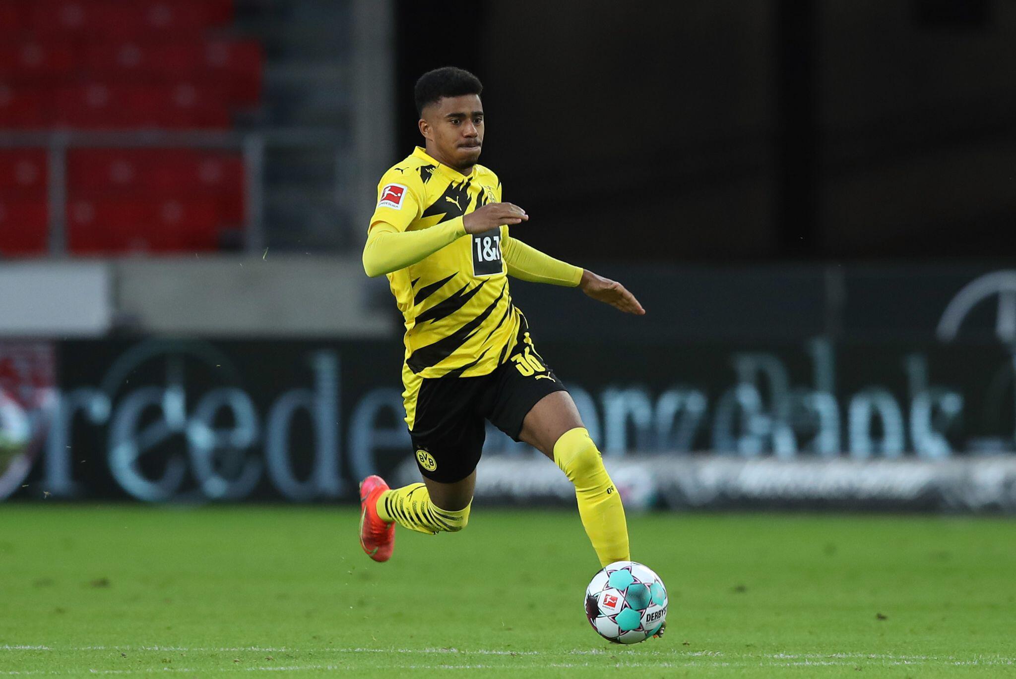 Bild zu VfB Stuttgart - Borussia Dortmund