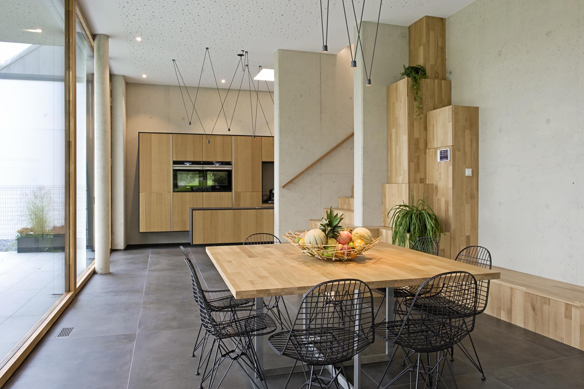 Bild zu Blick in Richtung Küche