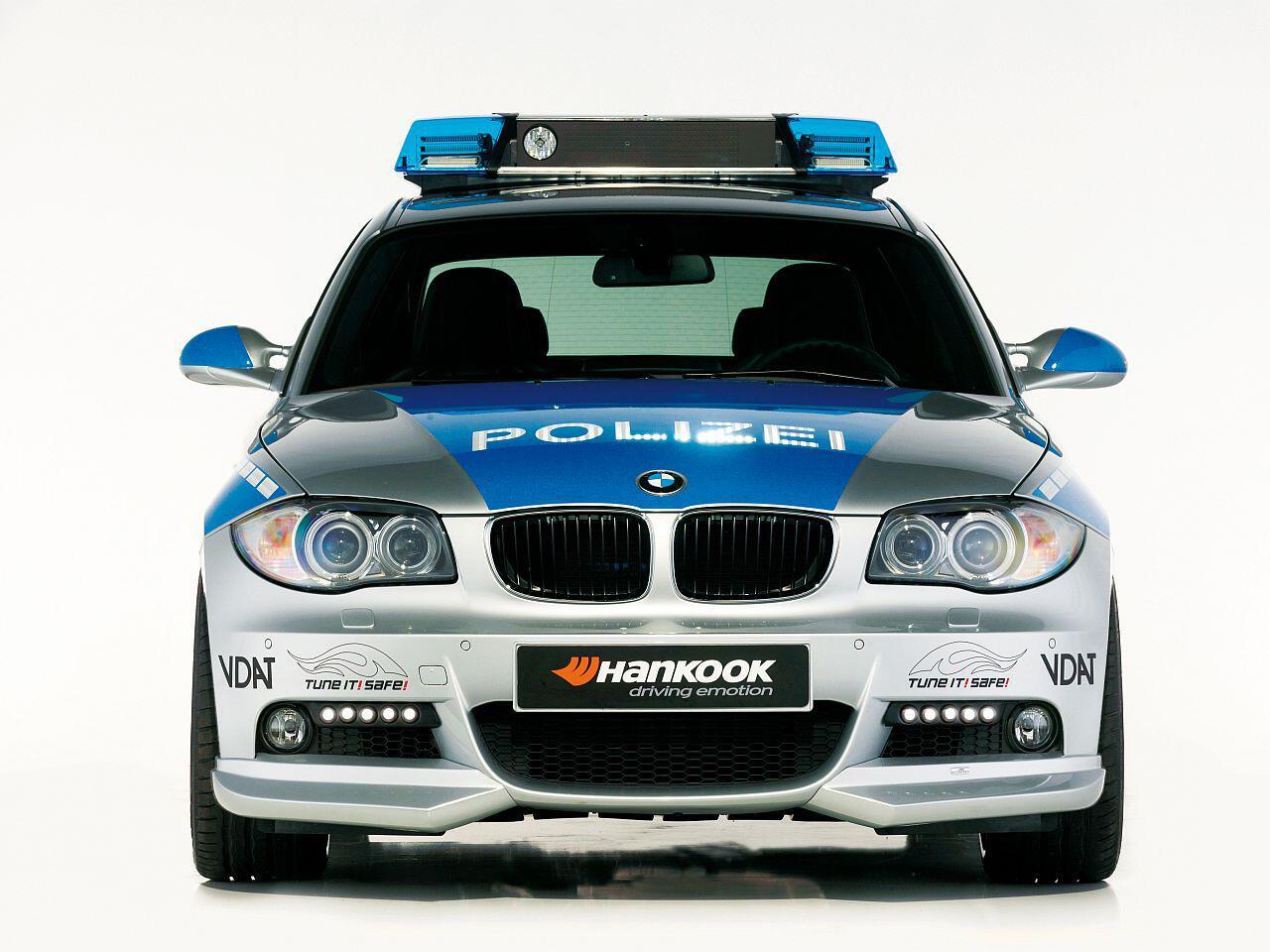 Bild zu Mit dem BMW 1er von AC Schnitzer kommt im Polizeidienst richtig Fahrfreude auf
