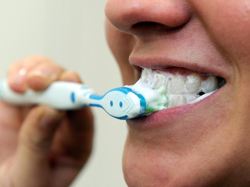 Bild zu Zähneputzen