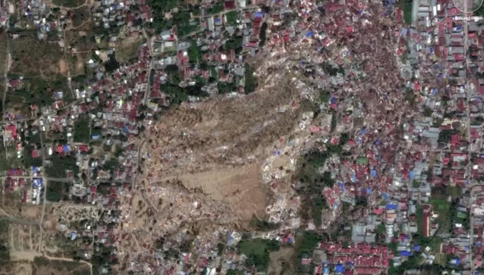 Bild zu Vorher - Nachher: Die Zerstörungen durch Tsunami in Indonesien.