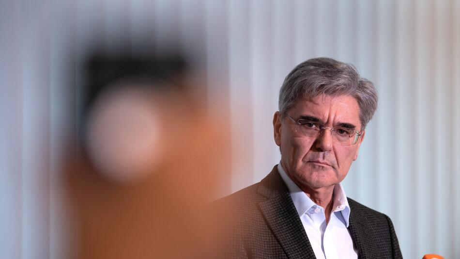 Siemens CEO statement after meeting Fridays for Future's Neubauer