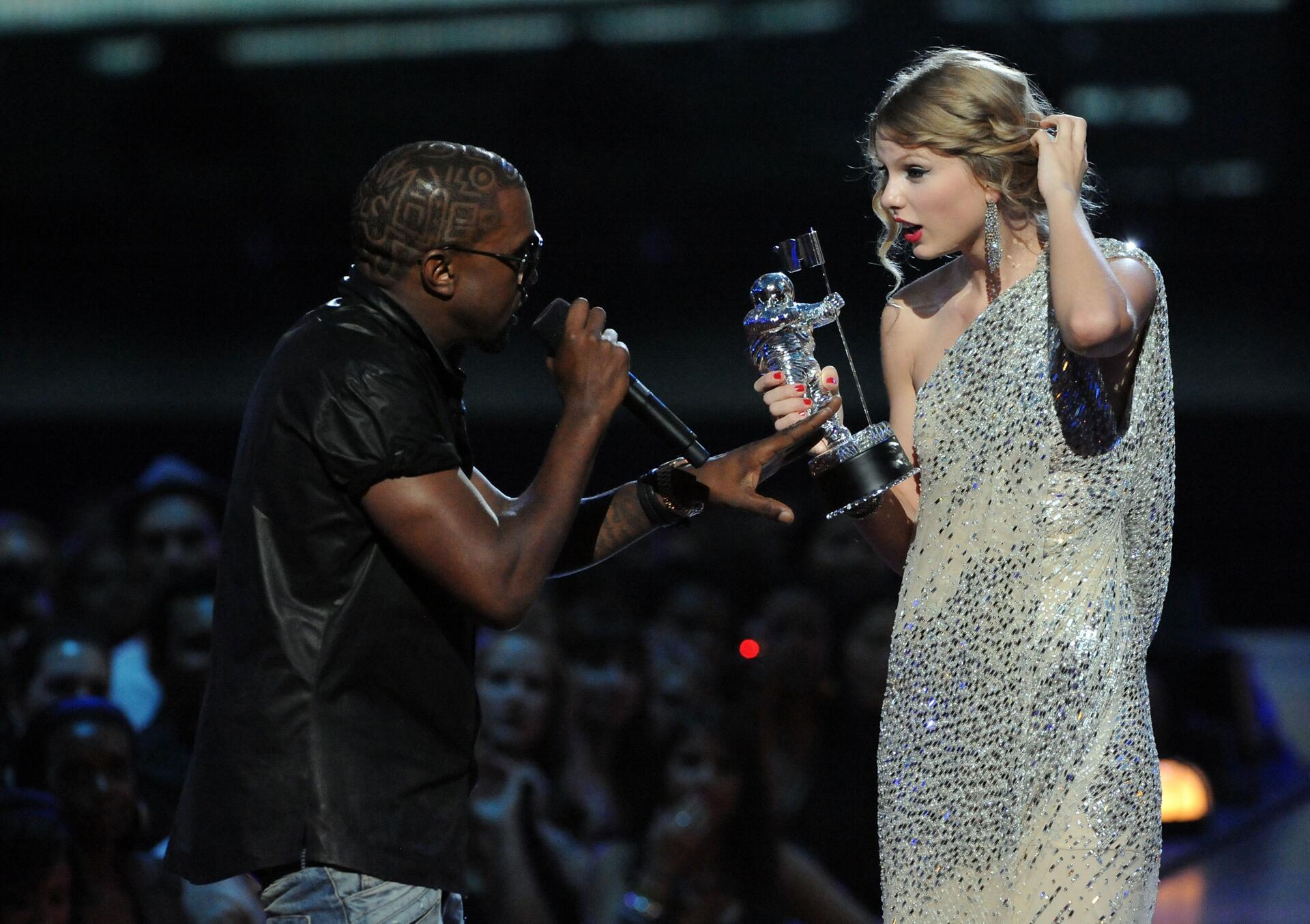 Bild zu Kanye West, Taylor Swift, MTV Video Music Awards