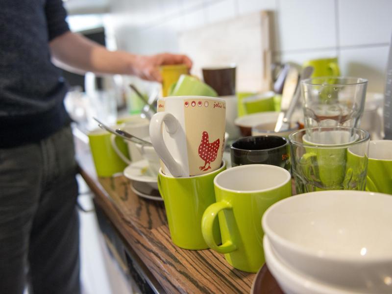 Bild zu Tassen in der Küche