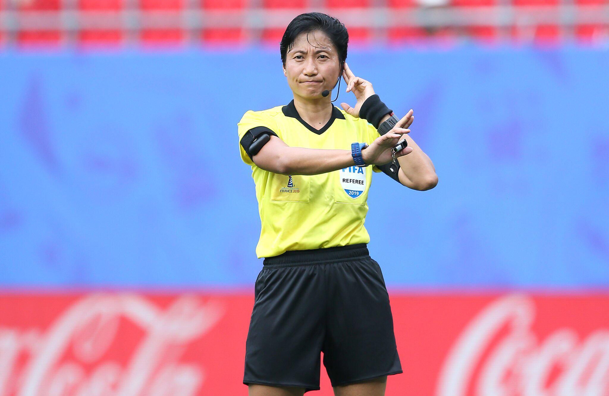 Bild zu Frauenfußball-WM, Frauen-WM 2019, Achtelfinale, Valencinnes, Frankreich, England, Kamerun, Liang Qin